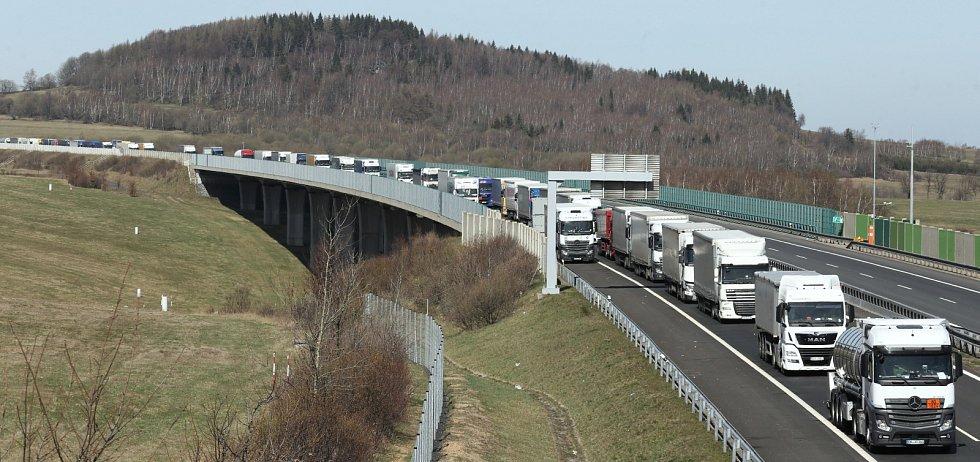 Kolony na německo české hranici u Petrovic na Ústecku