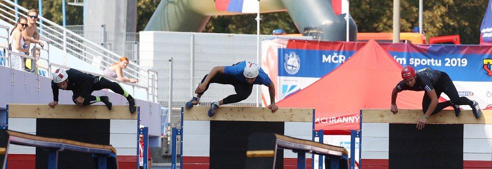 Mistrovství ČR v požárním sportu v Ústí nad Labem. Štafeta mužů