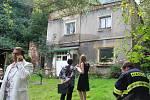 Padající stropy zaskočily v pátek ráno majitele domu ve Fibichově ulici.