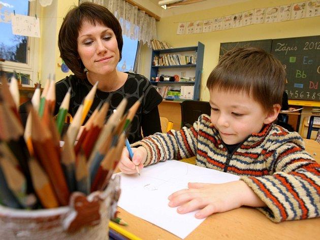 Zápis do školy. Ilustrační foto.