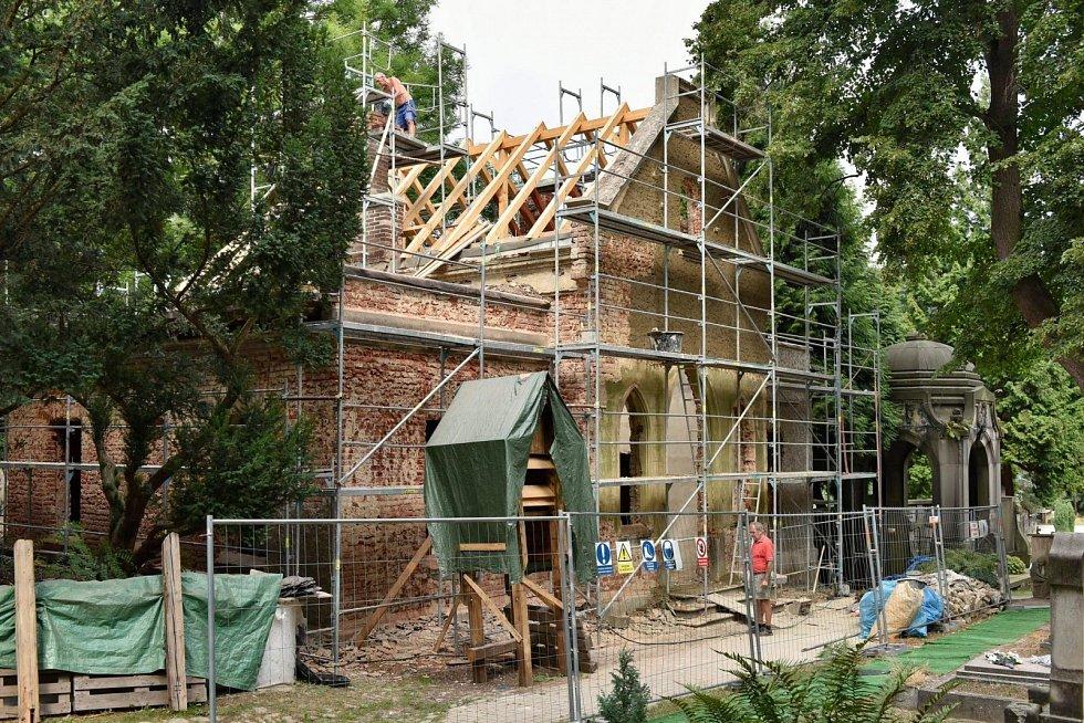 Kaple v Krásném Březně během rekonstrukce