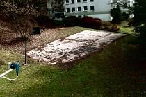 Jeden z plánů byl změnit hřiště na parkoviště.