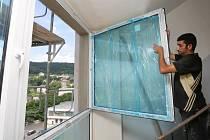 V budovách K1 a K2 finišují práce na generální výměně oken.