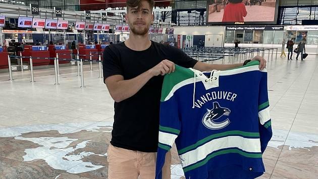 Bývalý ligový fotbalista Alexander Jakubov nyní žije v kanadském Vancouveru.