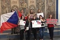 Žáci z Dánska přijeli opět na ZŠ Stříbrnická.