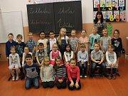 První třída ZŠ Chabařovice, třídní učitelka Hana Melicharová.