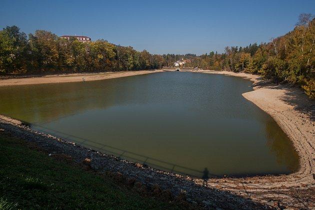 Voda se ve světě stává vzácnou komoditou