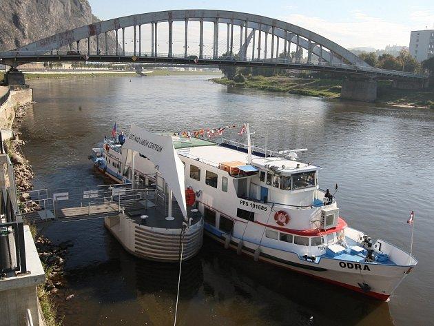 Na Labe u Děčína vyplul druhý turistický dopravce.