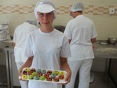 Školní cukrářské studio se uvedlo marcipánem.