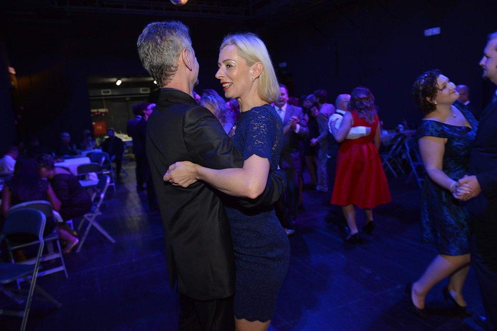 Činoherní studio žilo v sobotu 4. listopadu večer 25. Střekovským plesem.