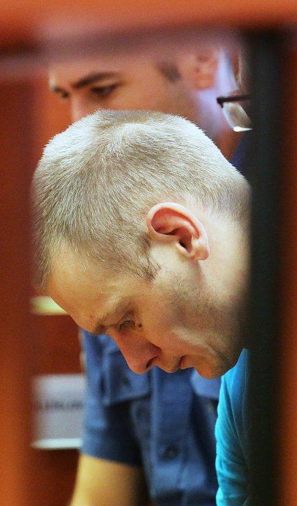 Obžalovaný je 29letý Ukrajinec Andrii Matsola.