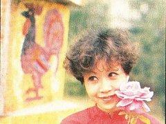 Na snímku je půvabná vietnamská hosteska přezdívaná Sněženka.