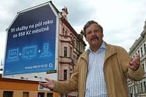 Zastupitel Kubín kritizuje prodej domu ve Velké Hradební