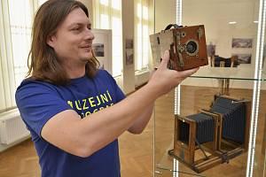 Kurátor Jiří Preclík, který v úterý 5. února zájemce provede výstavou při komentované prohlídce.