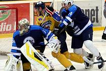 Ústečtí hokejisté (žlutí) doma prohráli s Mostem 0:1.