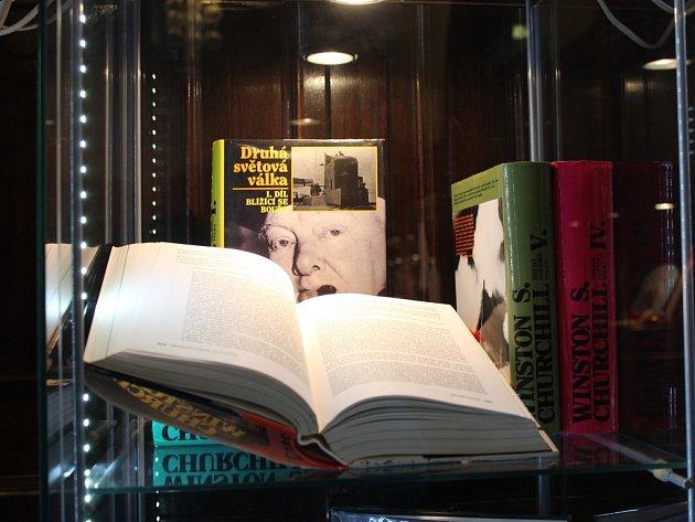 Výstava k padesátému výročí úmrtí Winstona Churchilla.