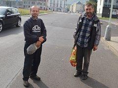 Kamarádi zavražděného Jiří Česal a Vlastimil Hadrava, na něj vzpomínají jako na bezproblémového člověka.