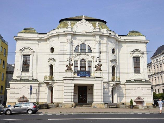Severočeské divadlo opery a baletu Ústí nad Labem.