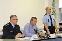 Tisková konference ústecké policie a Toxi týmu.