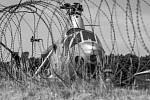 Vrtulník Mi 1 v Polsku. Snímek je z knihy Vladimíra Cettla Vraky letadel studené války.