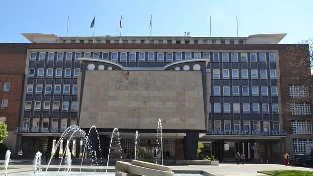 Budova magistrátu v Ústí nad Labem.
