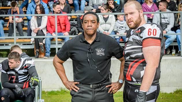 Nová trenérská posila amerických fotbalistů Blades Ústí Mike Sholars