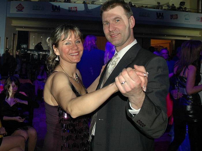 Ples rádia Fajn North Music v Domě kultury dne 19. února