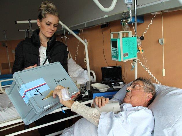 Na interně ústecké Masarykovy nemocnice volil Jan Nikles.