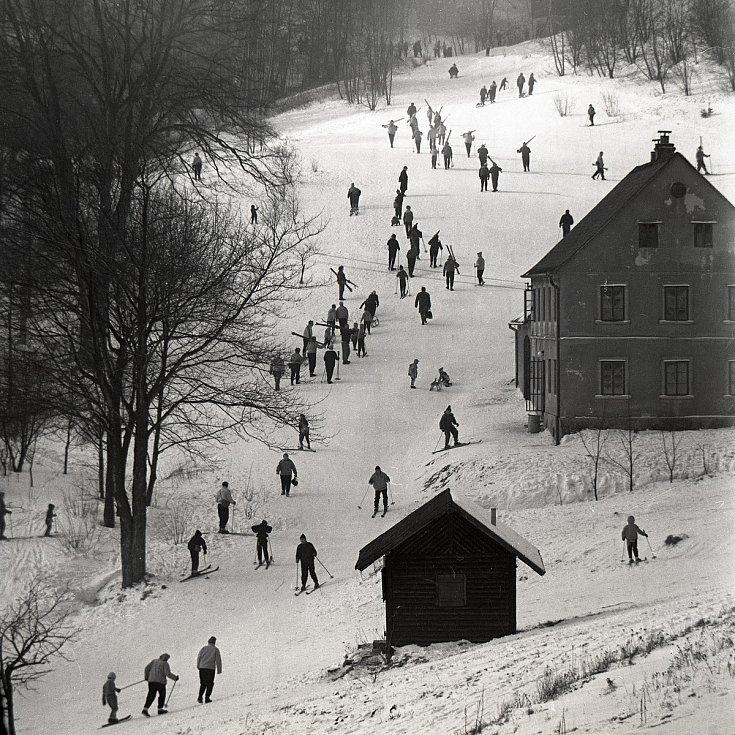 Karel Gottstein, sjezdovka Buben v Zadní Telnice, snímek z doby kolem roku 1962