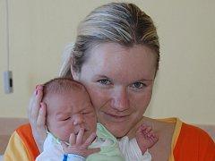 Markéta Škorníčková, porodila v ústecké porodnici dne  23. 3. 2012 (14.44) syna Zdeňka (49 cm, 3,56  kg).