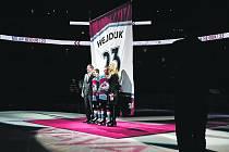 Milan Hejduk při slavnostním vyřazení jeho čísla 23 a vyvěšení dresu ke stropu arény v Denveru 6.1.2018.
