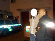 Ústečtí strážníci zadrželi dvě celostátně hledané osoby, které utekly z výkonu trestu z věznice ve Vinařicích.