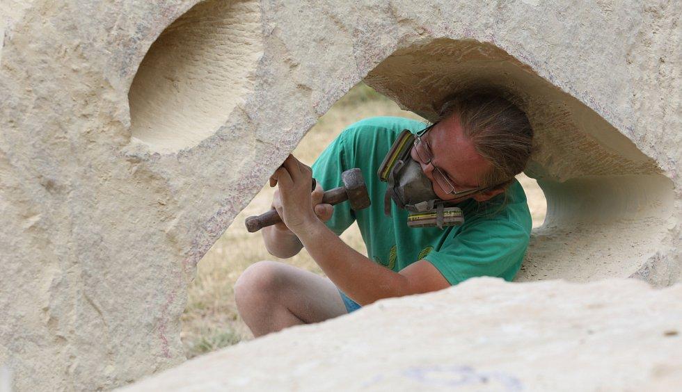 Ústecká sochařská skupina La Vy symposiem slaví deset let.