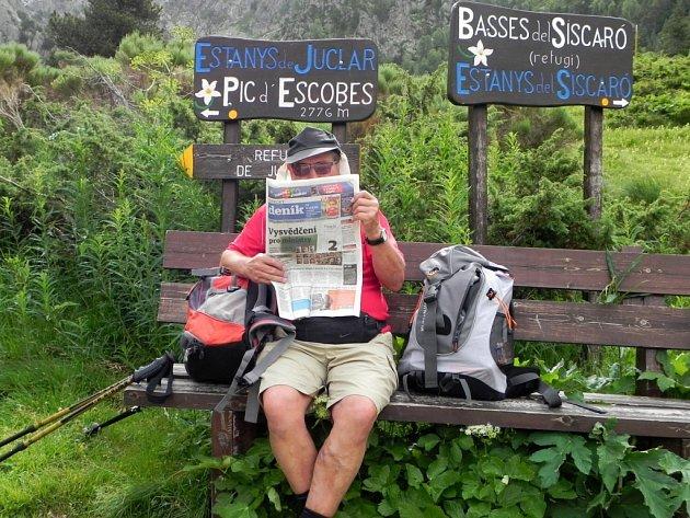 'Konečně mám čas, si to přečíst' snímek byl pořízen vAndorském údolí Vall d´ Incles, zvaném též Květinové údolí, kde si Standa zÚstí užíval aktivní dovolenou.