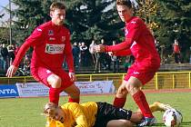 Ústečtí fotbalisté (červení) remizovali v Sokolově 1:1.