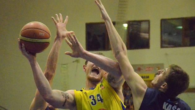 Basketbalové derby Ústí nad Labem – Děčín 75:74.