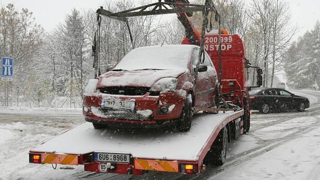 Někteří řidiči předpovědi meteorologů podcenili.