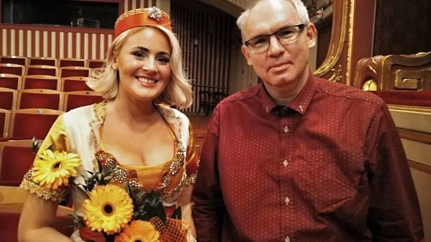 Pěvkyně Michaela Katráková v rozhovoru s Radkem Strnadem, redaktorem Deníku