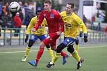 Ústečtí fotbalisté (červení) prohráli v Teplicích 0:2.
