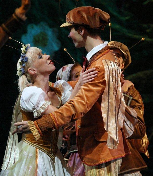 V premiéře uvede balet Broučci Severočeské divadlo v neděli 6. října od 15.00.