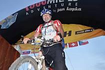 Cyklista Dominik Kavan se zúčastnil extrémního závodu Tisíc mil.