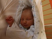 Adam Beneš se narodil Lucii Krupičkové z Ústí nad Labem 6. září v 8.57 hod. v ústecké porodnici. Měřil 53 cm a vážil 3,43 kg.