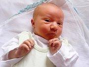 Adam Ondřejka se narodil Lence Ondřejkové z Velkého Března 29. září v 5.45 hod. v ústecké porodnici. Měřil 49 cm a vážil 3,25 kg.