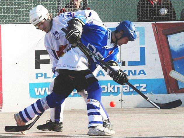 Ústečtí hokejbalisté doma po boji podlehli Letohradu a o den později nastačili ani na favorizovaný Hradec Králové.