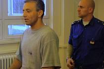 Rozsudek okresního soudu vůči Robertu Surmajovi byl podle senátu krajského odvolacího soudu odpovídající.