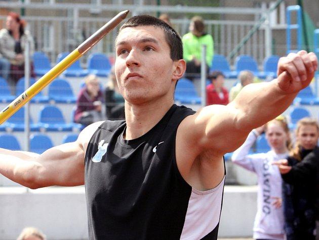 Filip Najman skončil v Děčíně druhý v hodu oštěpem i diskem.