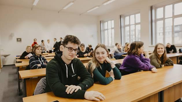 UJEP v březnu nabídne akci Na jeden týden vysokoškolákem online.