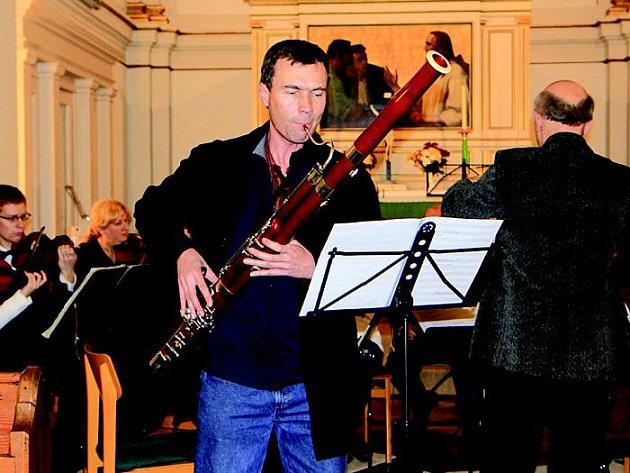 Bendův komorní orchestr. Na snímku Jaroslav Kubita (fagot).