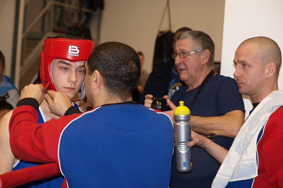 Boxeři si dali dostaveníčko v mostecké sportovní hale.