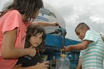 Cisterna byla pro děti zpestřením.